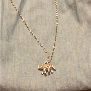 🎀5/$25🎀 silver 3D elephant necklace AEO